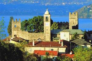 Castello e Chiesa di Corenno Plinio