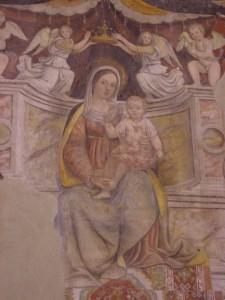 chiesa di Corenno Plinio: Madonna in trono - dettaglio