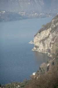 Mandello - Veduta della sponda del lago dal Sentiero del Viandante