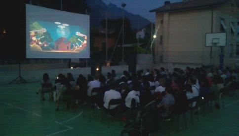 manifestazione cinema all'aperto