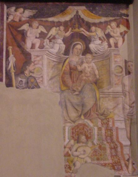 Chiesa di Corenno Plinio: madonna in trono