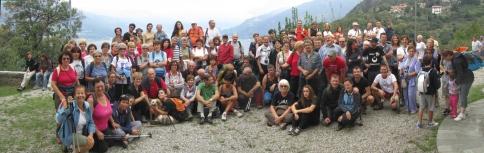 """Il gruppo dei partecipanti alla terza tappa della manifestazione """"Sulle orme del Viandante"""" 2012"""