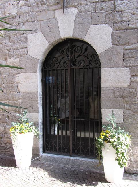 Fig. G : Portale di accesso alla torre muraria