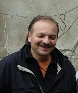 Fabrizio Martinelli, l'artista di Lecco che cura la mostra d'arte