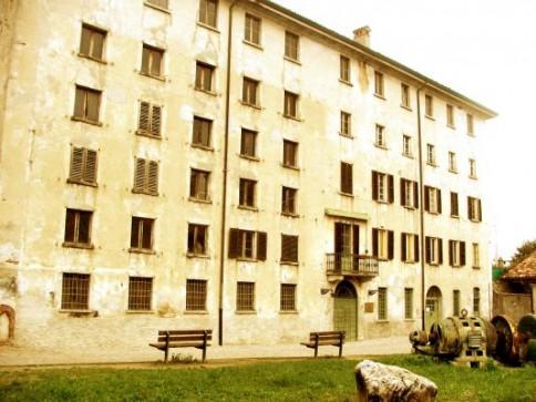 Setificio Monti facciata